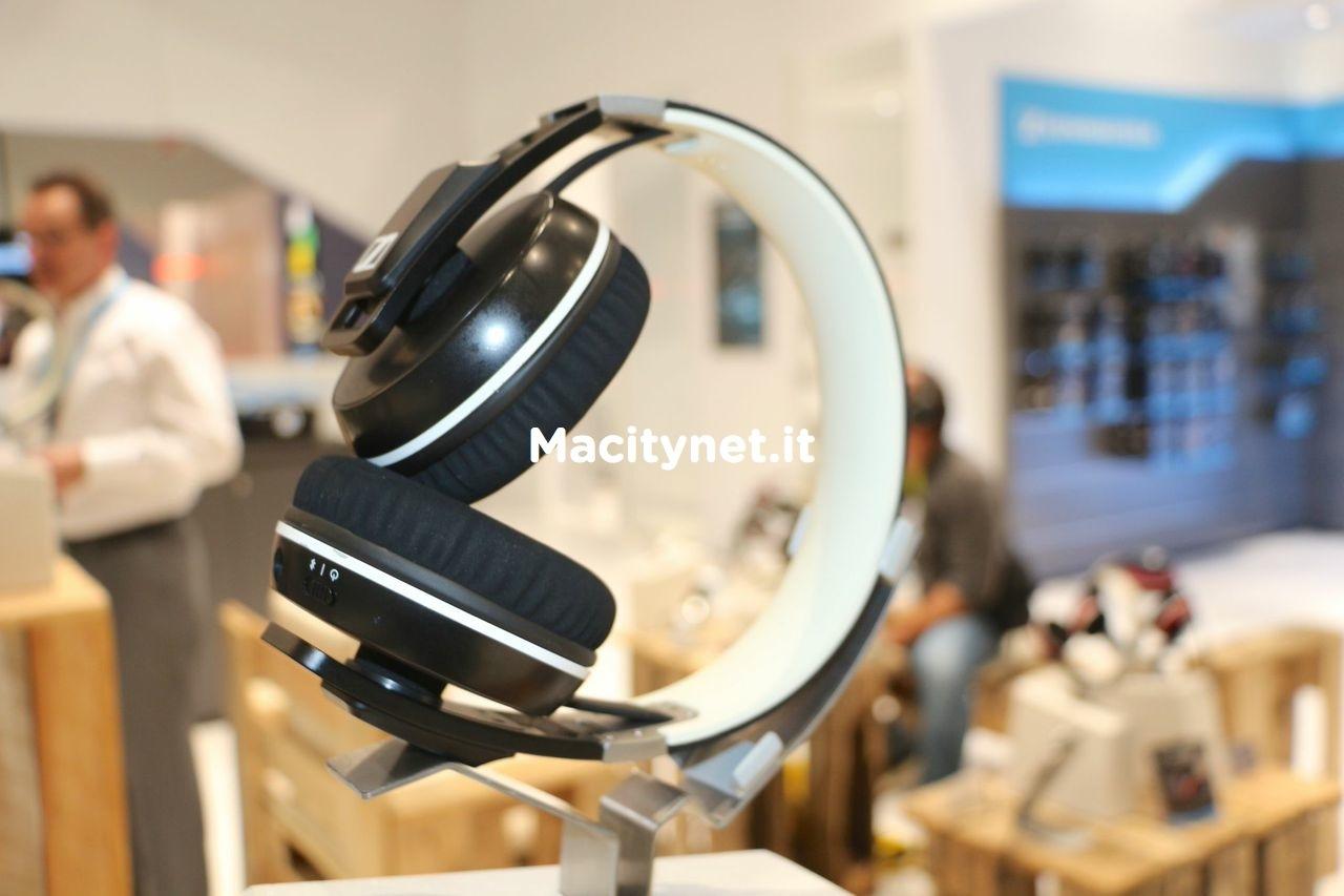 Sennheiser Urbanite XL Wireless: nuova versione senza fili con comandi touch e 25 ore di autonomia
