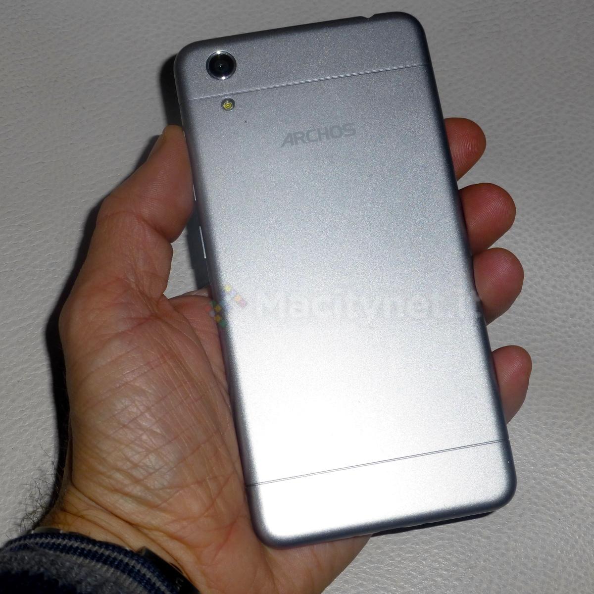 archos 50 oxygen plus l elegante smartphone android che somiglia a iphone 6 costa solo 199 euro. Black Bedroom Furniture Sets. Home Design Ideas