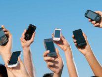 IDC: in Europa i cellulari calano del 5,2% ma Samsung perde 4 volte tanto, iPhone cresce