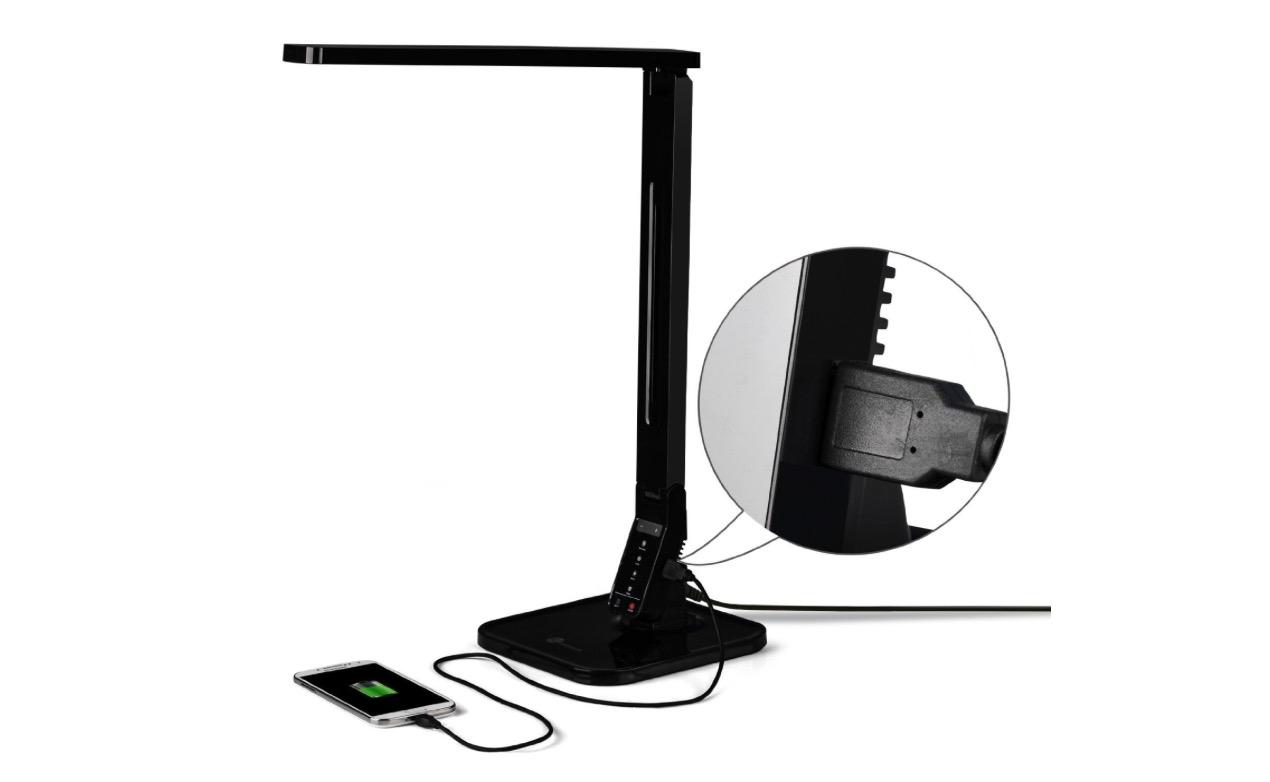 Lampada led da scrivania ricarica anche iphone 52 euro for Lampada led da scrivania