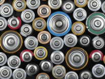 Dyson investe su batterie che raddoppiano l'autonomia