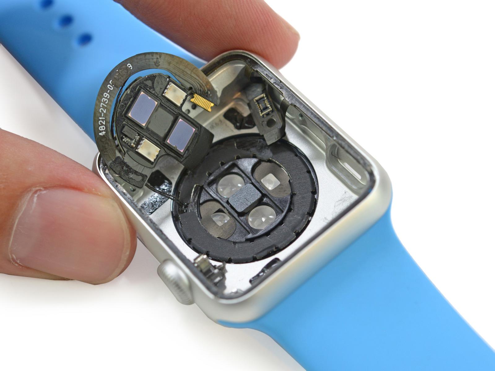 Il segreto di Apple Watch: può rilevare l'ossigeno nel sangue