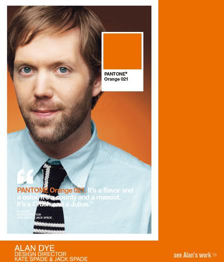 Alan Dye in una pubblicità di Pantone. Il suo colore preferito è l'arancio 021.