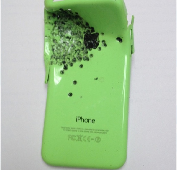 iphone 5c salva la vita 600