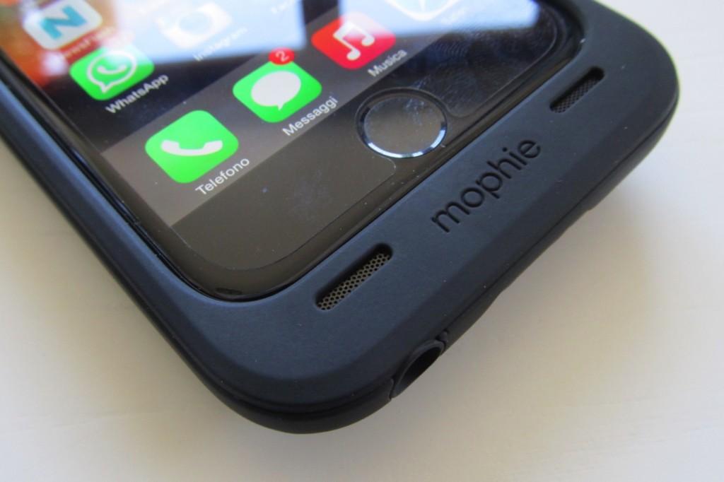 Il microfono di iPhone ora e' collocato sul fronte