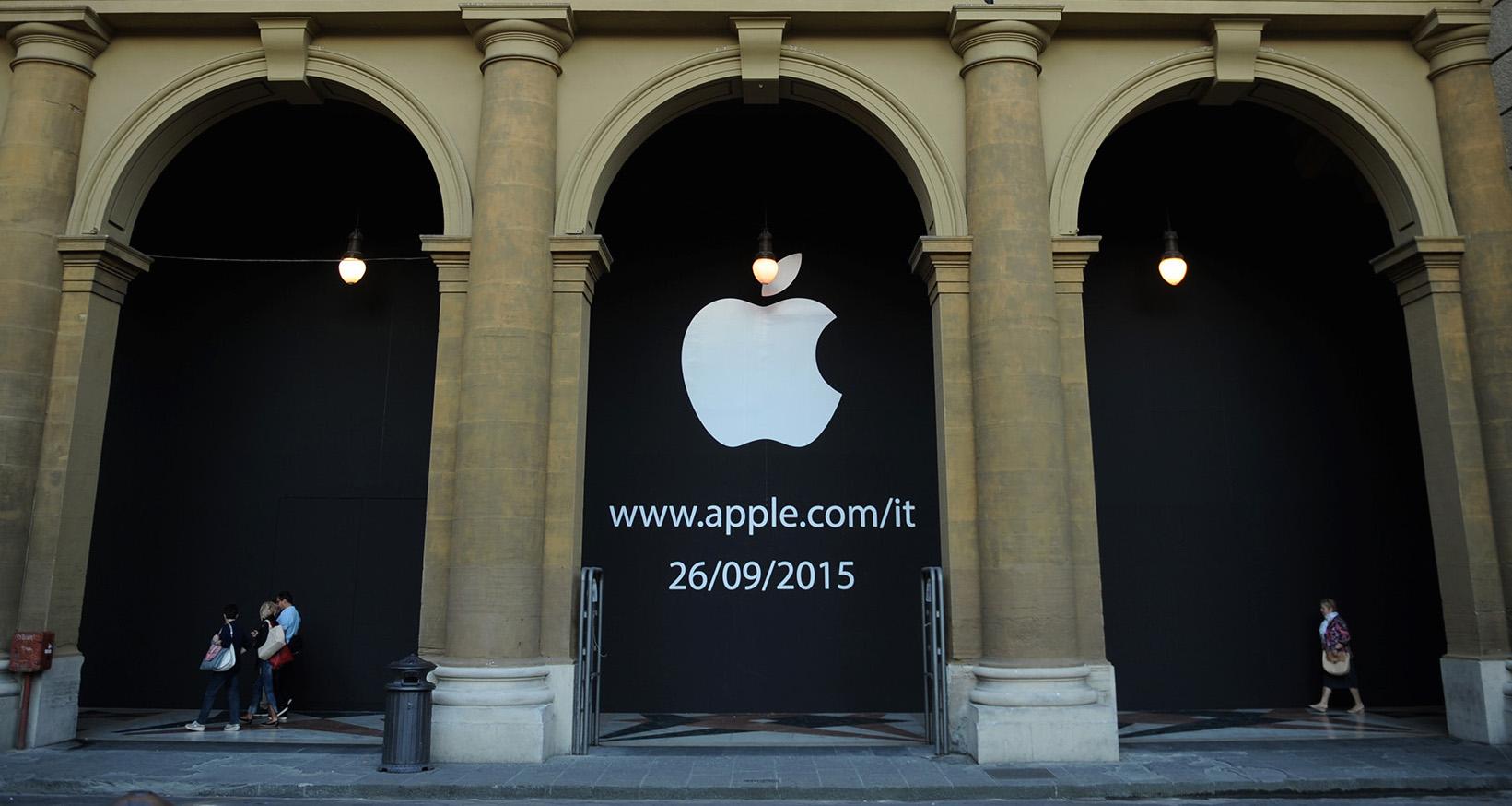 Apple Store Firenze September 11 2015