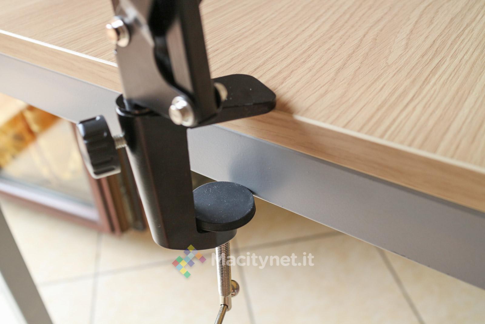 Recensione TaoTronics TT-HS07, il braccio che tiene iPad sospeso in aria