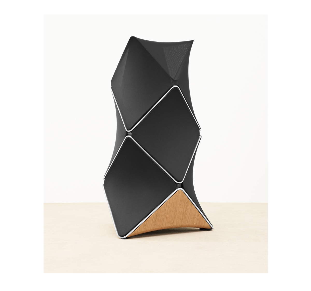 BeoLab 90 icon 1200
