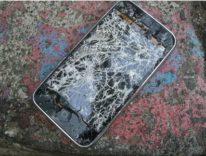 Riparazione fuori garanzia iPhone, Apple aumenta i prezzi