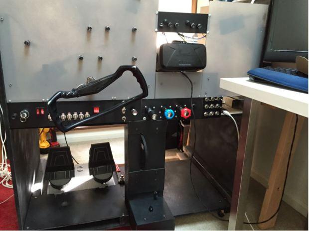 Il simulatore reale della cabina di pilotaggio un enne