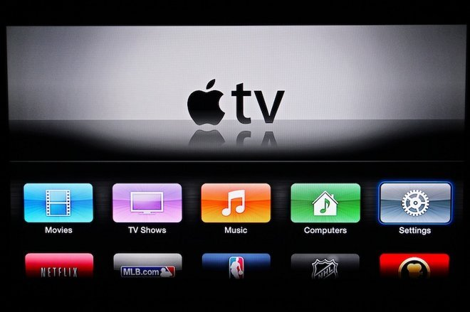 12228-5912-12175-5796-AppleTV3032812001-l-l