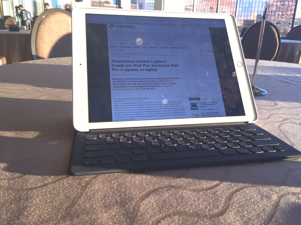 Apple Smart Keyboard per iPad Pro 20 In viaggio con iPad Pro