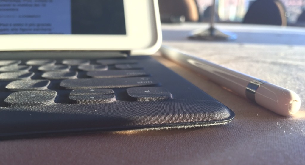 Apple Smart Keyboard per iPad Pro 21