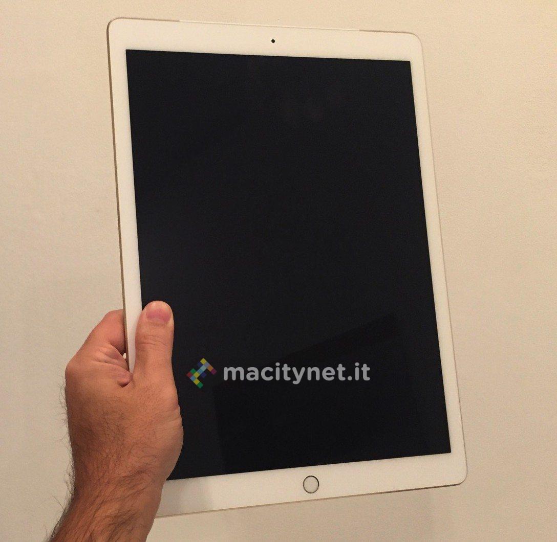Unboxing iPad Pro