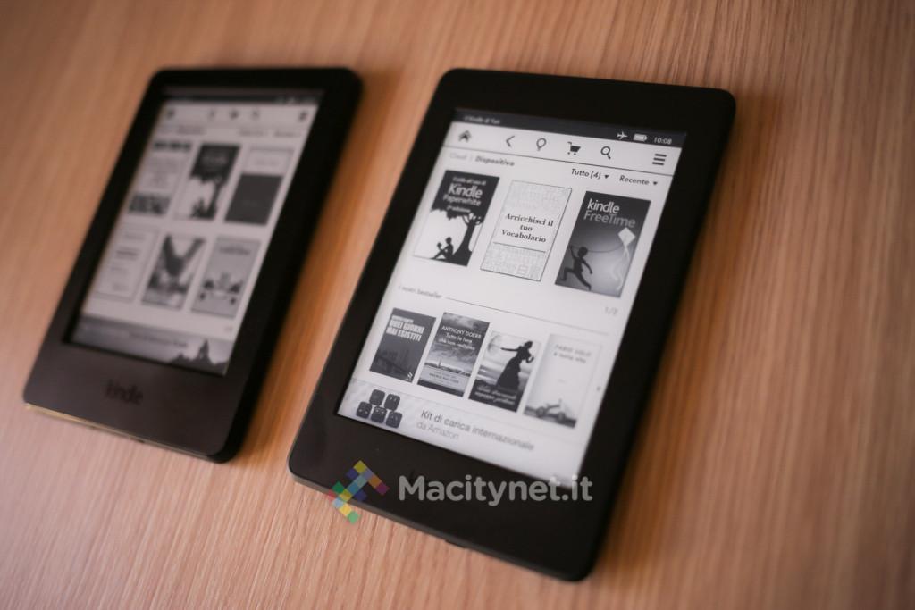 Kindle a sinistra, Paperwhite a destra