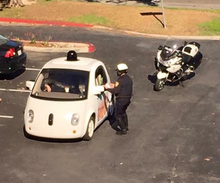 google car polizia 700