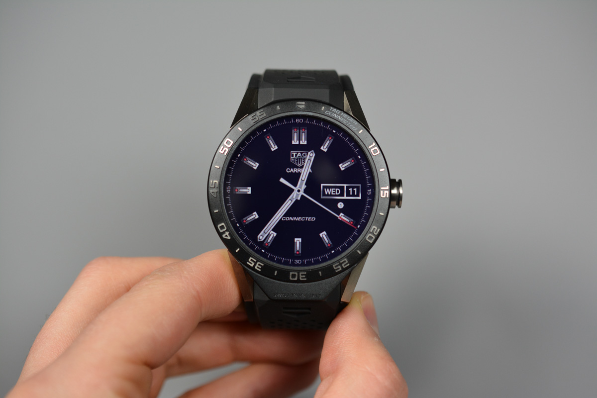 Video unboxing di TAG Heuer Connected, il primo smartwatch ...