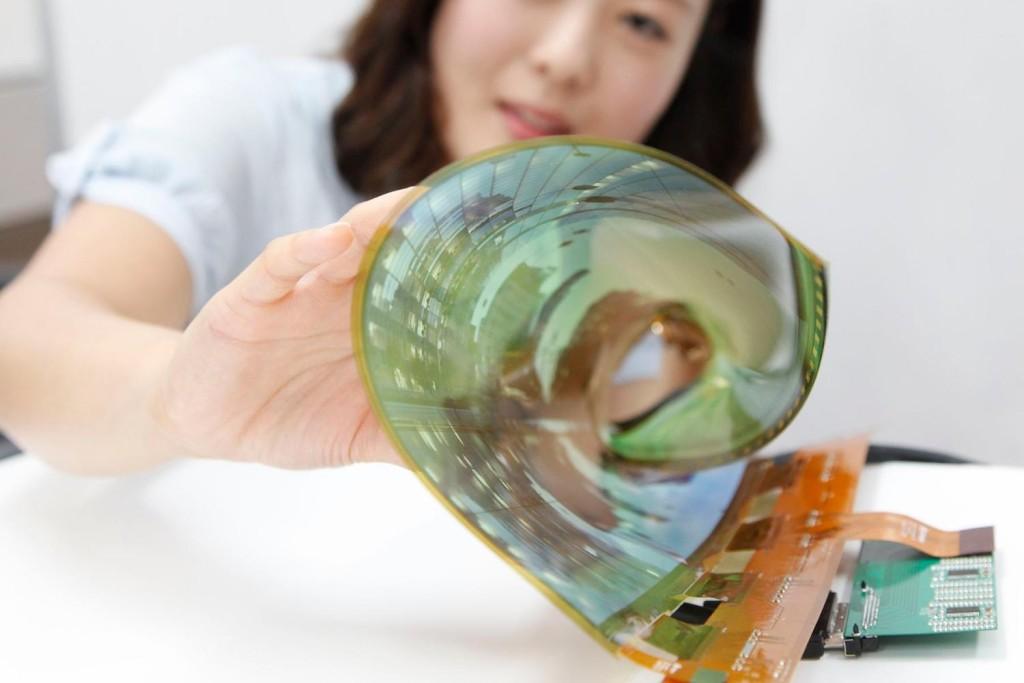 display OLED arrotolabile