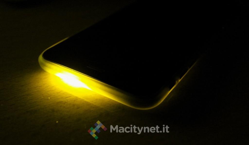 flash led di iphone notifiche far lampeggiare flash iphone per notifiche e messaggi