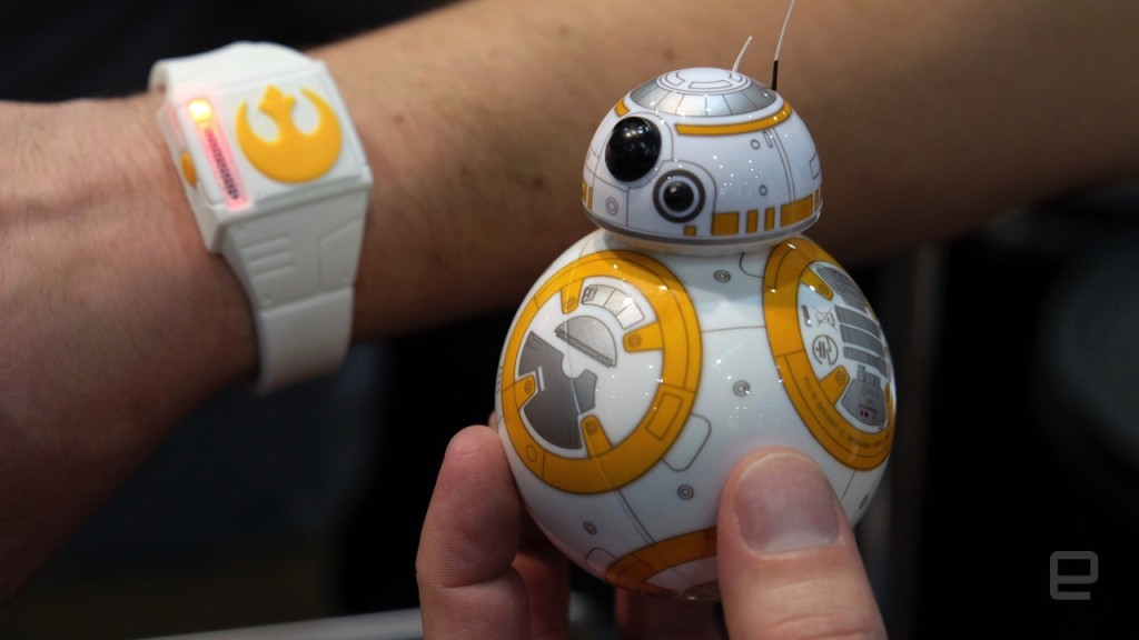 CES 2016 Sphero Force Band