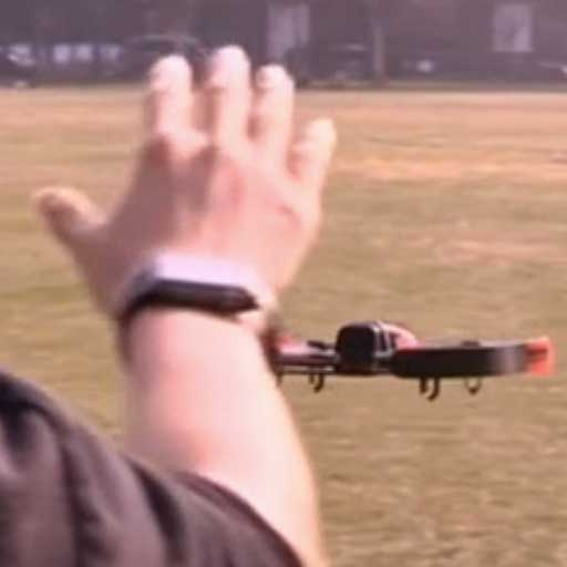 controllo drone con gesture