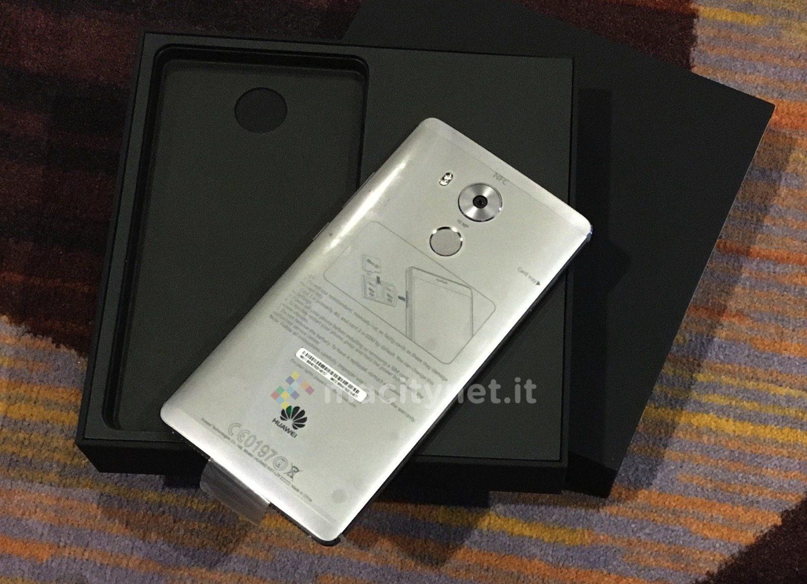 Unboxing di Huawei Mate 8