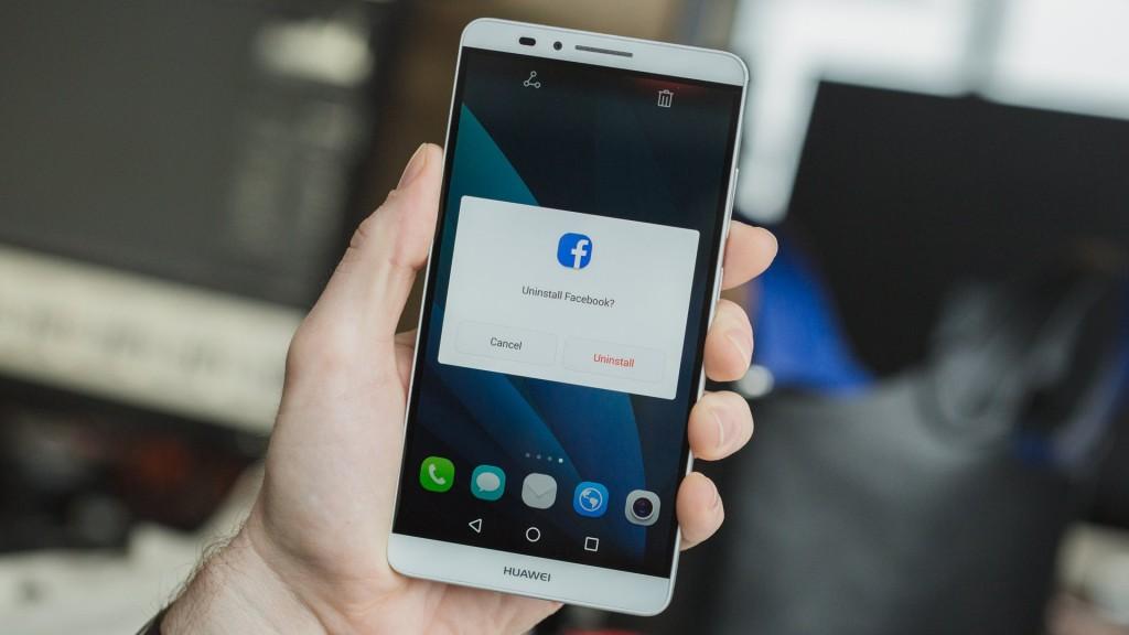 disinstallare facebook android