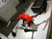 Al CES 2016 Simtoo propone il drone pieghevole che si guida con la smartband