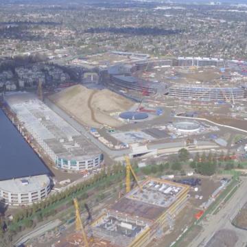 Vista dell'intero campus catturata dal pilota di droni Duncan Sinfield a febbraio.