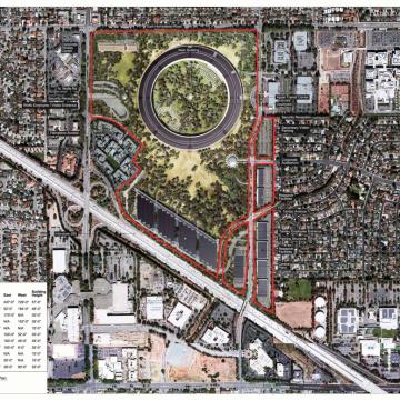 Una mappa mostra i lavori previsti da Apple. Il fitness center sarà situato nell'angolo nord-ovest del lotto. Notare anche gli ampi parcheggi vicino la superstrada e auditorium accessibile direttamente dalla strada.