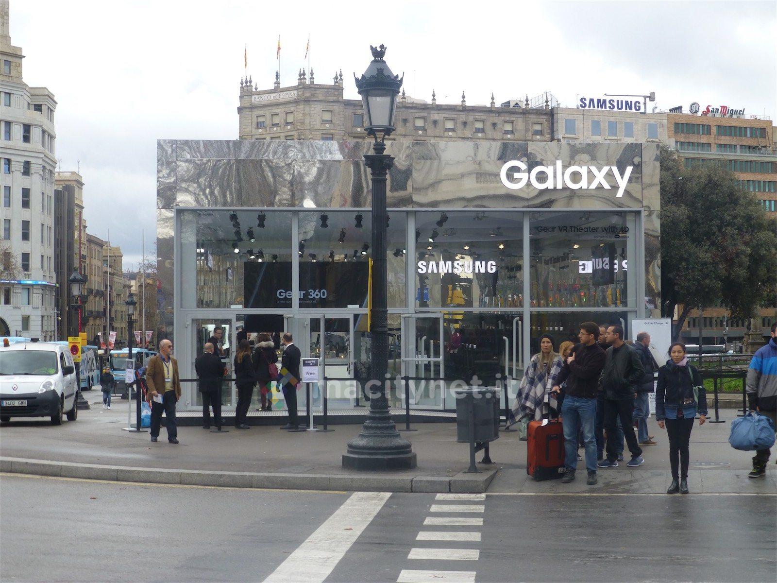 galaxy s7 apple store 3