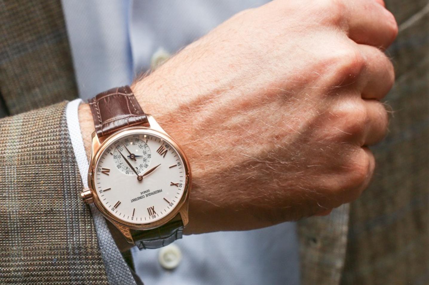 Il sorpasso è avvenuto: gli smartwatch vendono più degli orologi classici