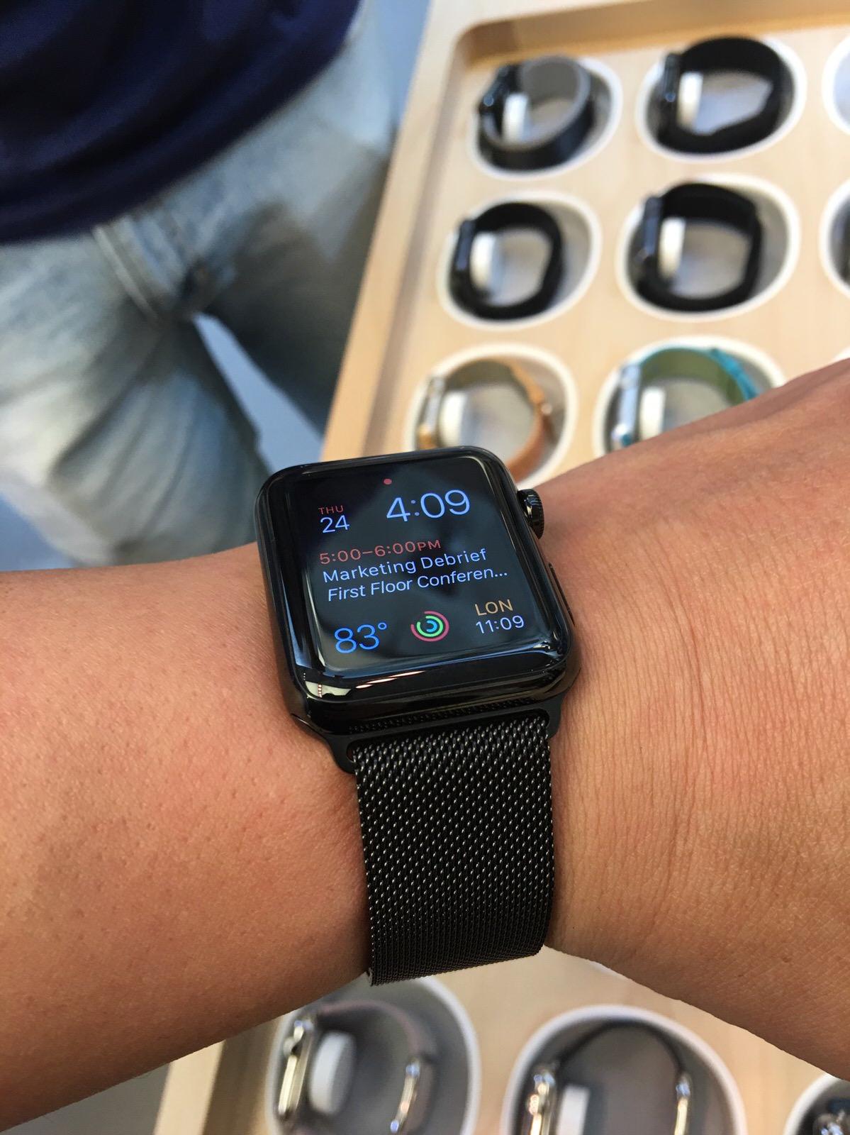 Nuovi cinturini per Apple Watch 483034ce3d1
