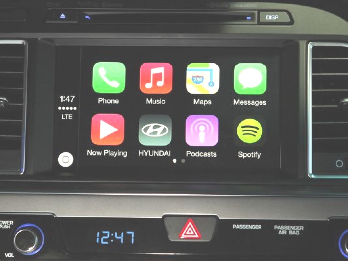 Hyundai e CarPlay 700