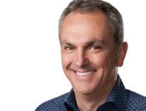 Luca Maestri «Apple punta su servizi e mercati emergenti» attese frotte di visitatori per Apple Campus 2