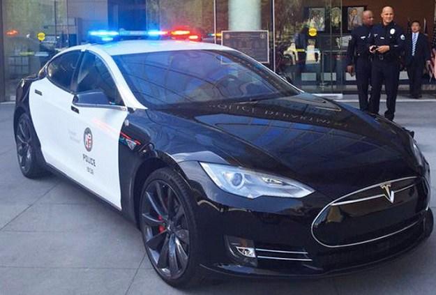Model S P85D LAPD