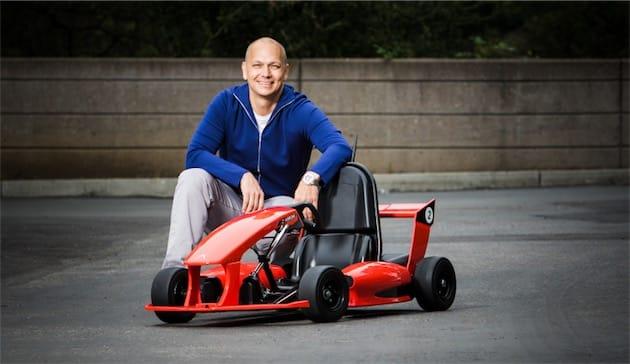 Tony Fadell con l'Arrow Smart-Kart