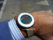 Fitbit compra Pebble per competere meglio contro Apple Watch