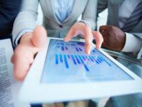 Tablet al lavoro, aumentano efficienza e servizi ai clienti: adozione in crescita