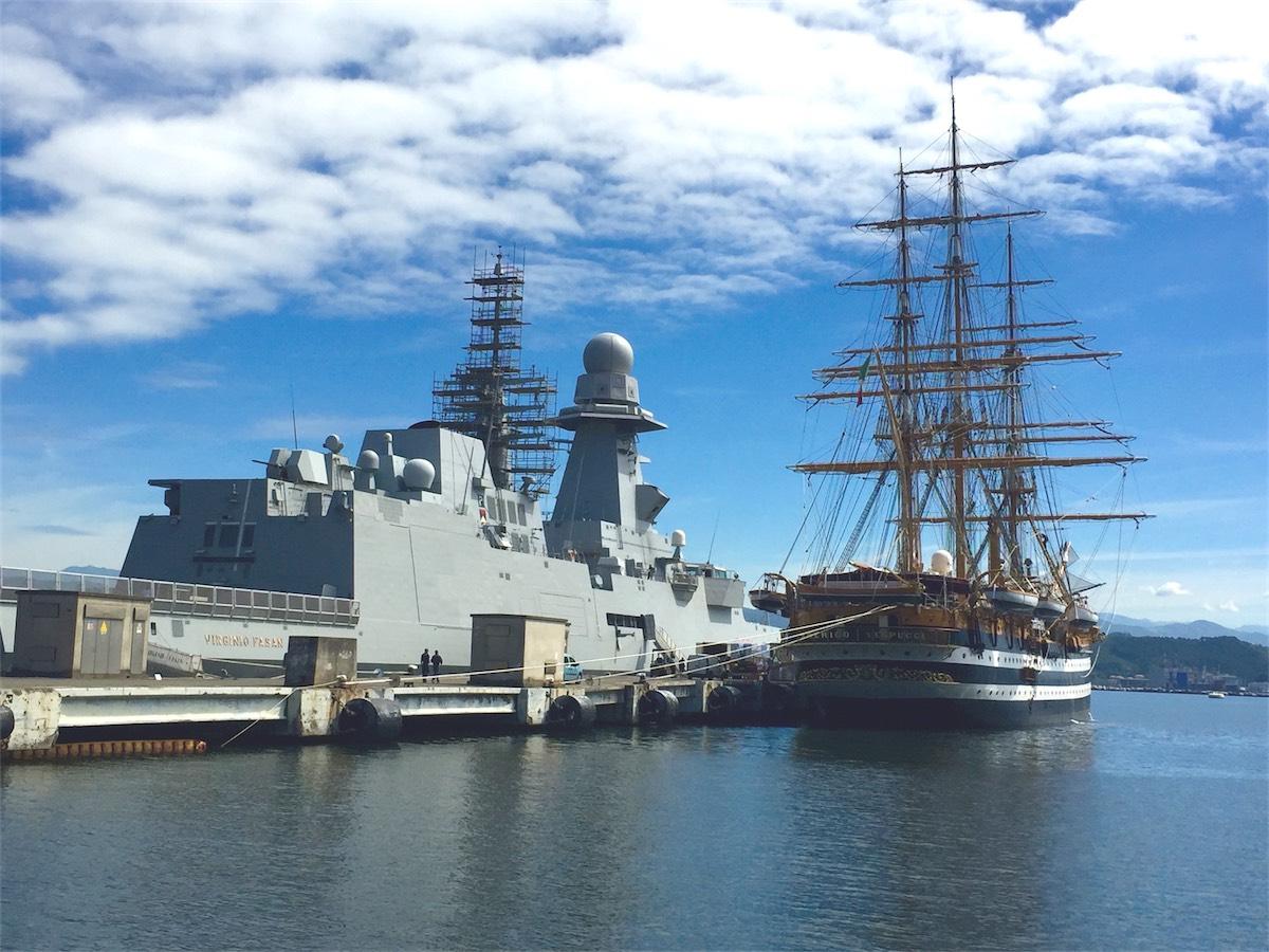 A bordo di amerigo vespucci l app marina militare italian - Nave portaerei ...