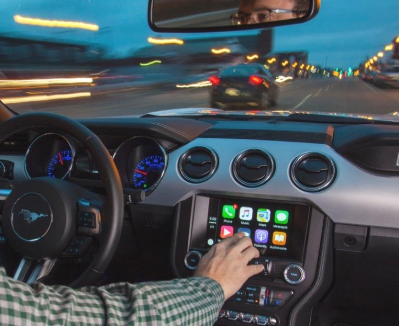 tutte le auto ford 2017 supportano apple carplay e android auto. Black Bedroom Furniture Sets. Home Design Ideas