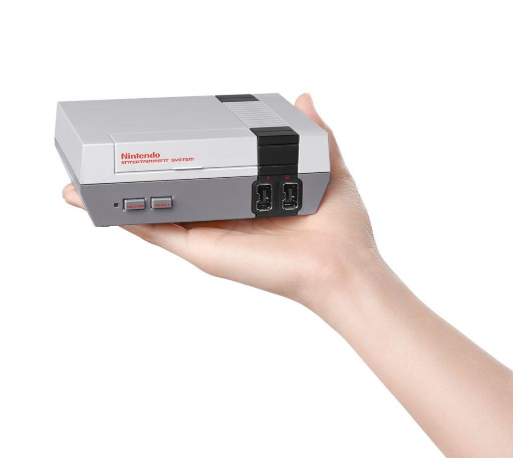 Nintendo resuscita il NES : disponibile in versione mini da novembre