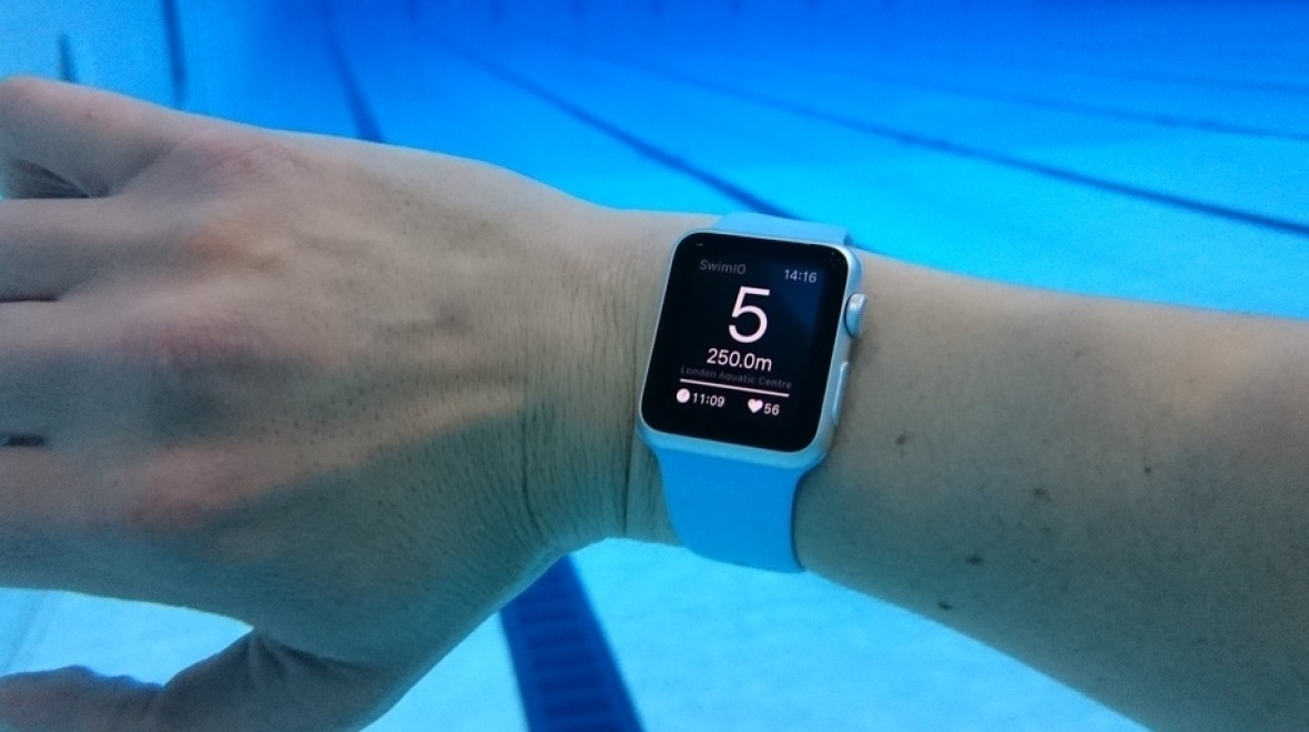 Apple watch 2 impermeabile