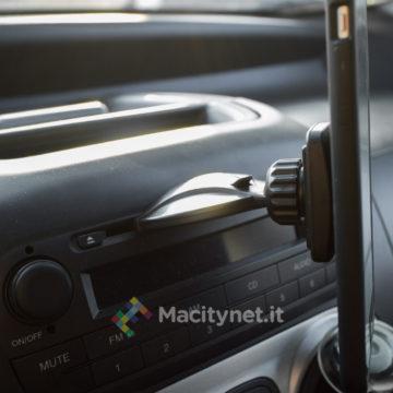 mpow supporto magnetico con aggancio al lettore CD