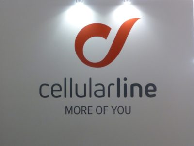 cellularline stand IFa16 900
