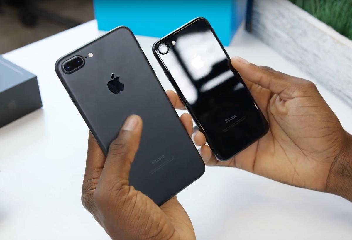 iPhone 7 unboxing: in video jet black, nero e il tasto Home con click personalizzabile