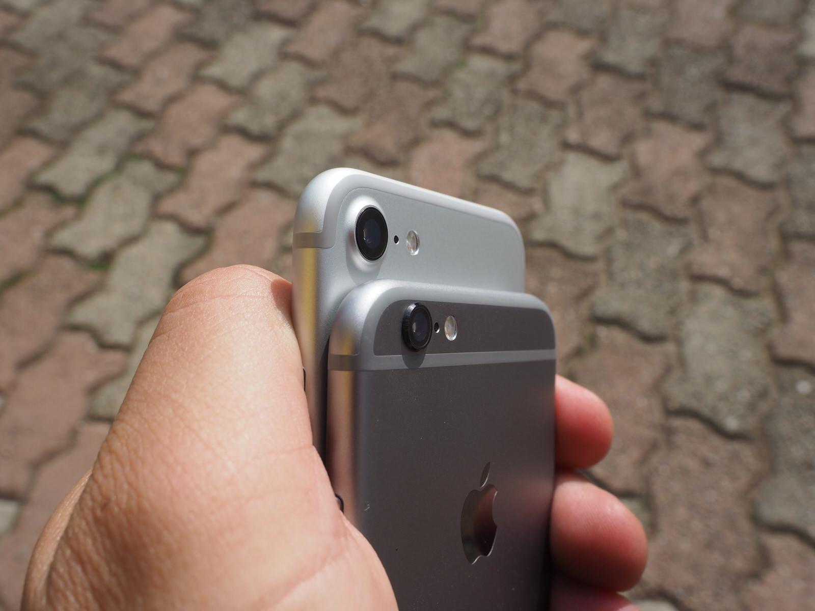 Apple ha ridisegnato la fotocamera; ora è più grande e meglio integrata nella struttura del telefono