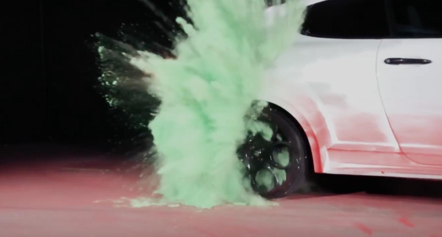 iPhone 7 Plus tutto gas: fa da telecamera nello spot della nuova Alfa Romeo Mito