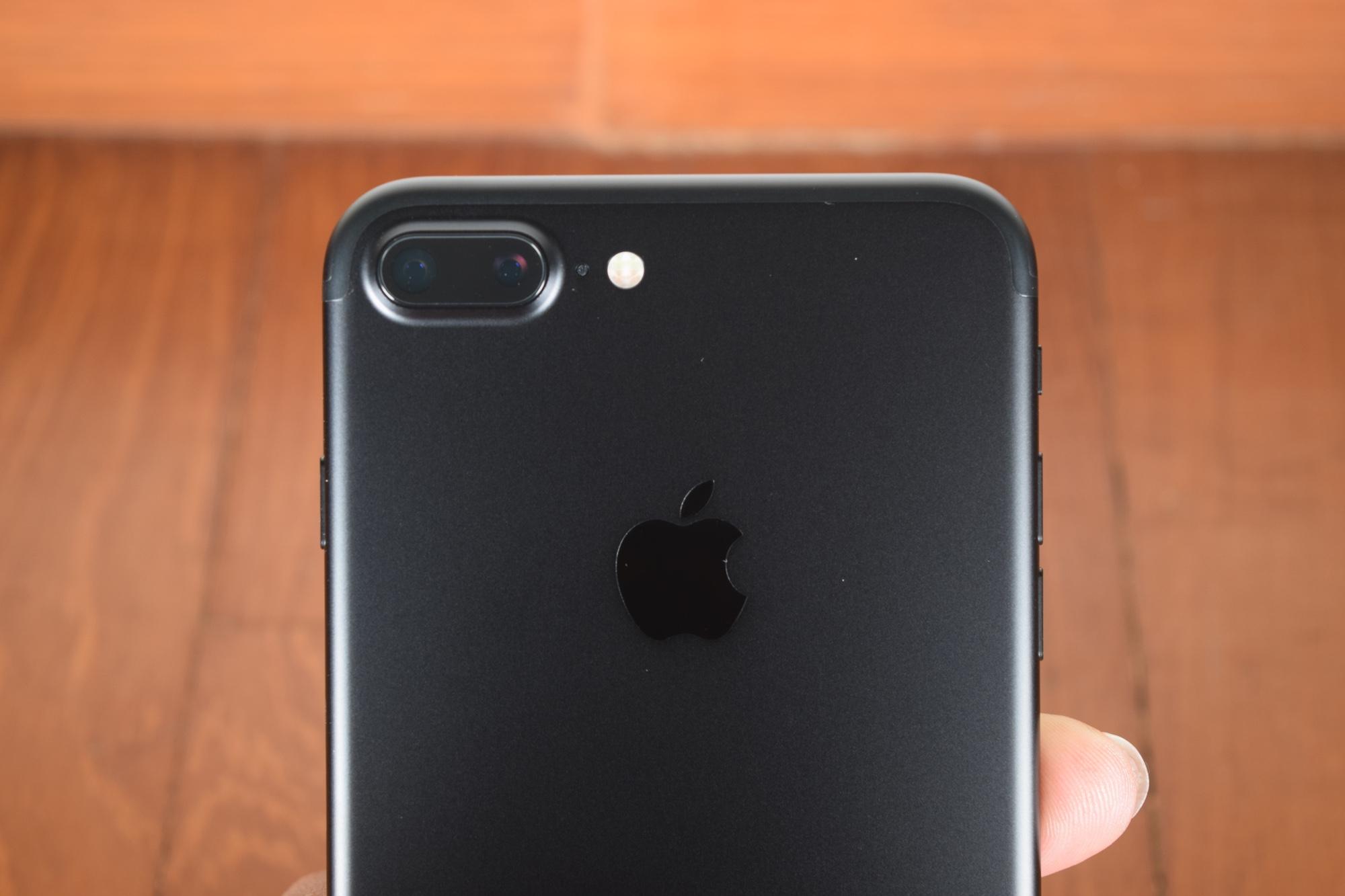 Il Note 7 è un flop, le azioni Apple vanno al top