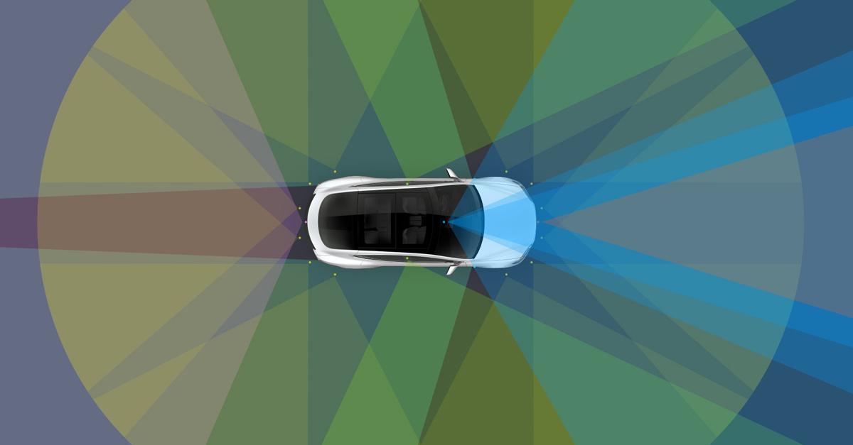 guida-autonoma-tesla
